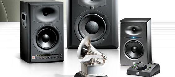 Speaker Monitor Studio JBL Seri LSR