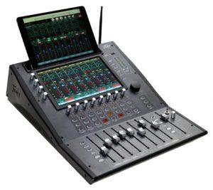 mixer-audio-digital-peavey-aureus