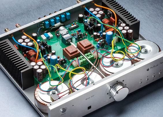 Mengenal Power Amplifier Sound System
